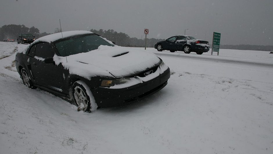 slide-offs, eyez up, winter driving tips