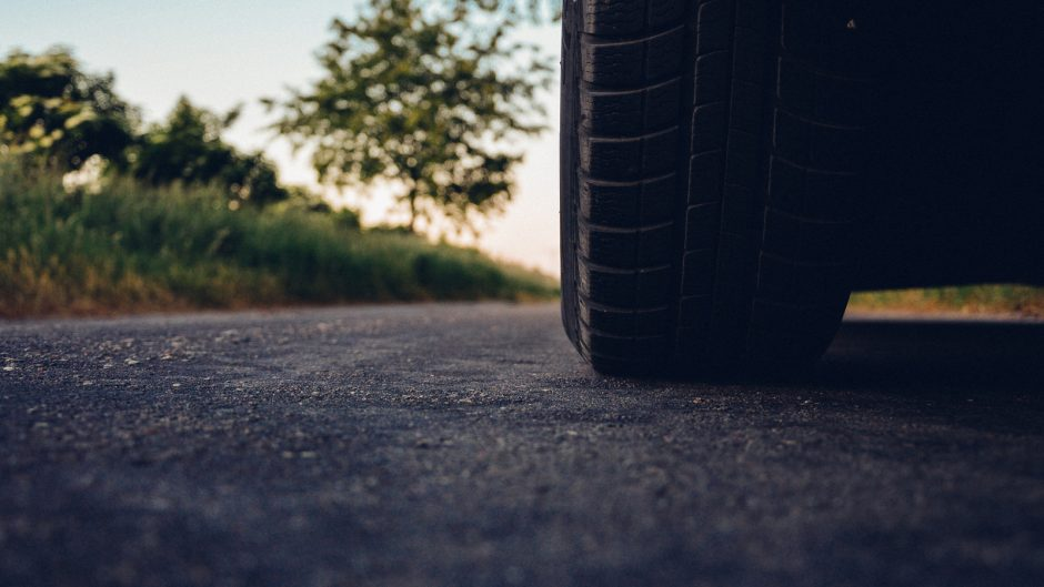 tire pressure, teen drivers, eyez up app